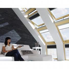 Ventana para tejado giratoria motorizada FAKRO Mod. FTP-V U3 Z-Wave